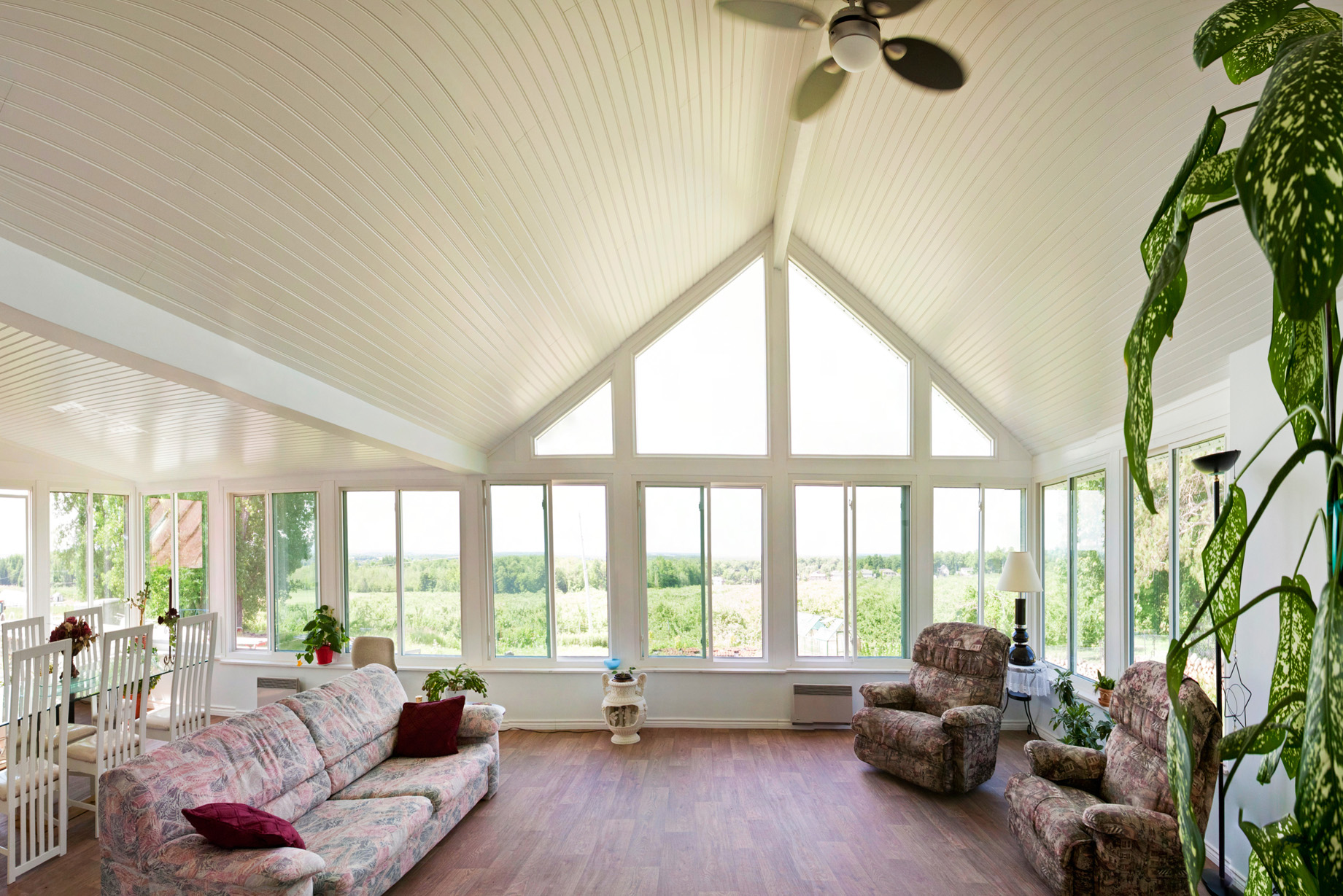 A ridge beam provides support to your sunroom